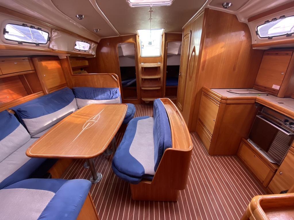 Segelyacht Bavaria 46 interieur