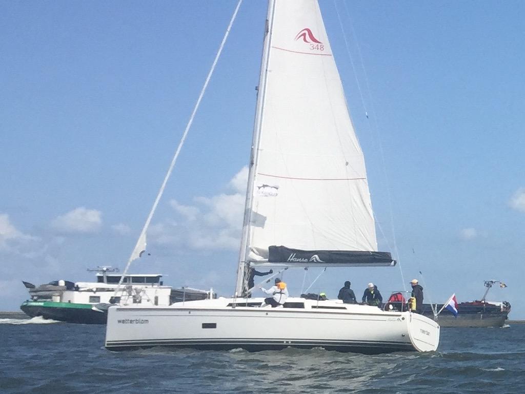 Segelyacht Hanse 348 mit GroB segel