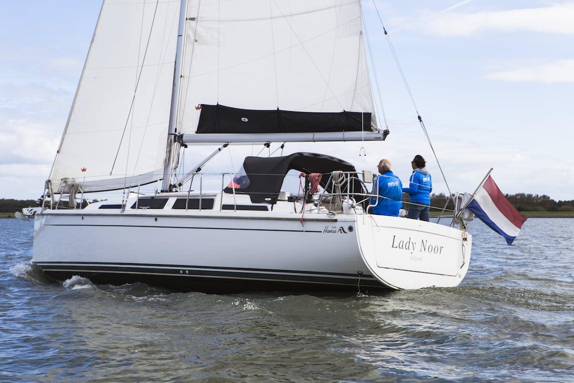 Segelyacht Hanse 345 hinten