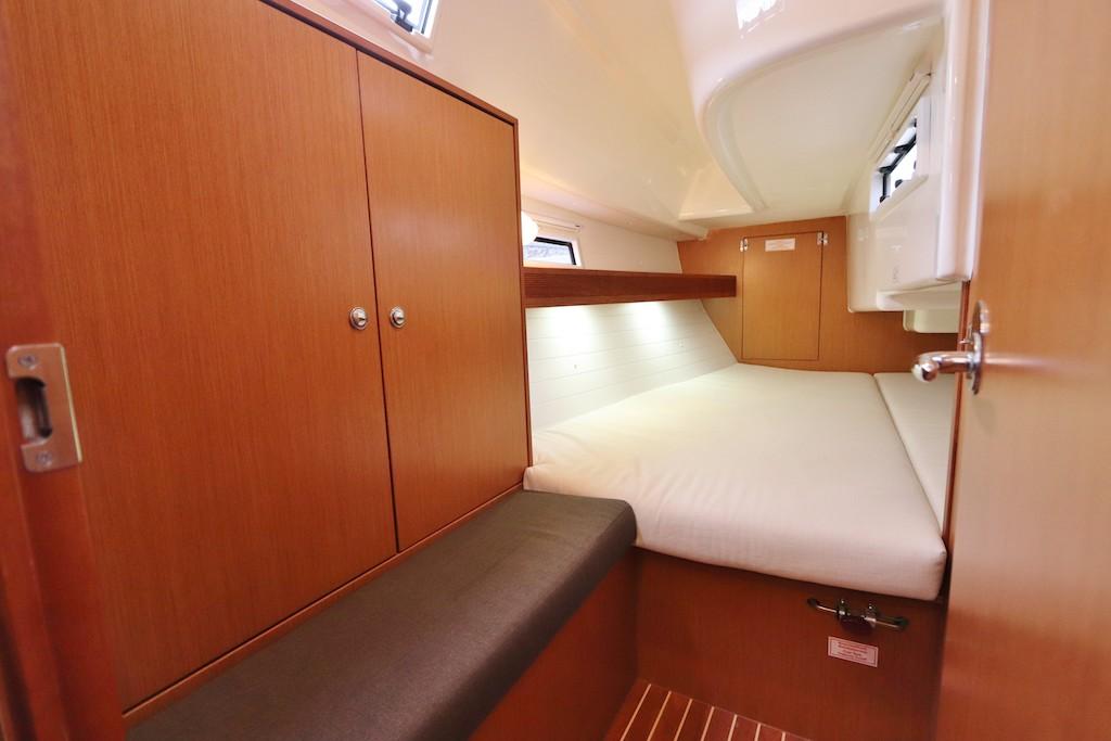 Segel yacht Bavaria 32 Hope Kabine hinten