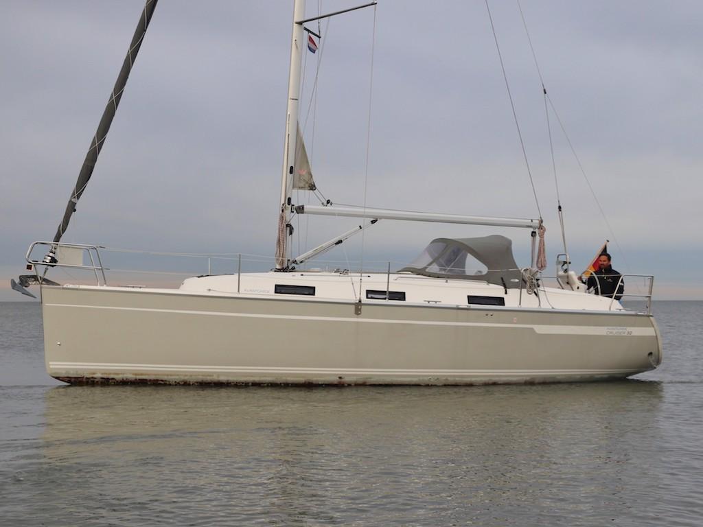 Segelyacht Bavaria 32 fahrt